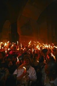 Чудо схождения  Благодатного огня. Иерусалим
