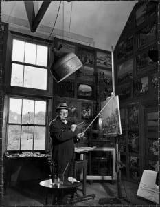 Черчилль во время рисования