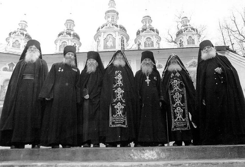Картинки по запросу печерские монахи ветераны
