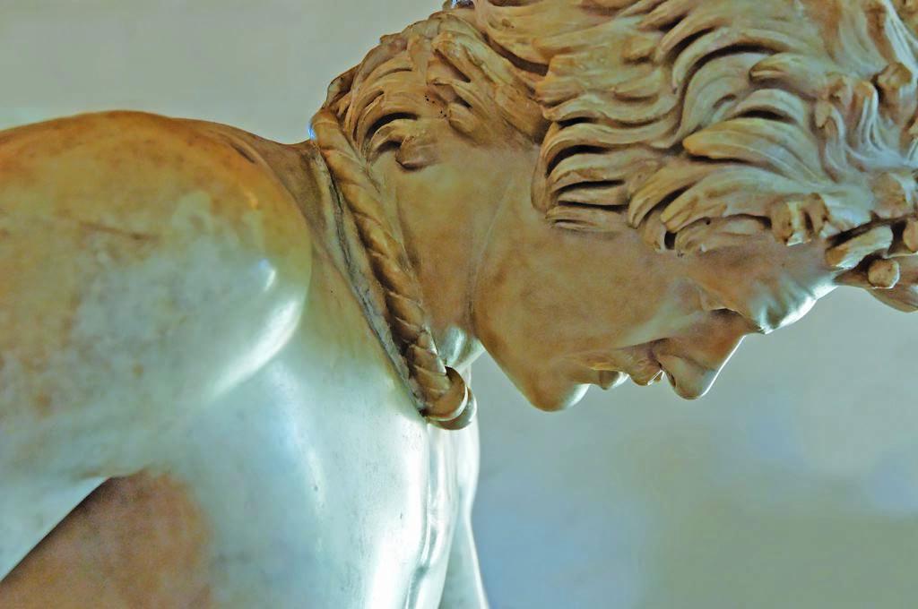 Галлия. «Умирающий галл» — римская копия эллинистического изображения галата